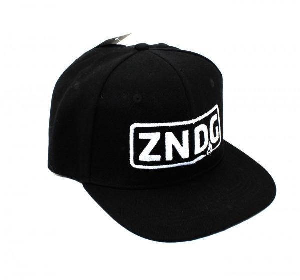 Snap Back Cap ZNDG Schwarz mit weißen Logo